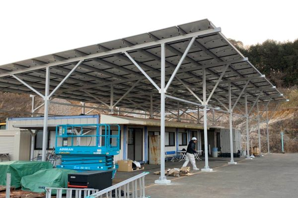 100KW Carport Mounts In Japan